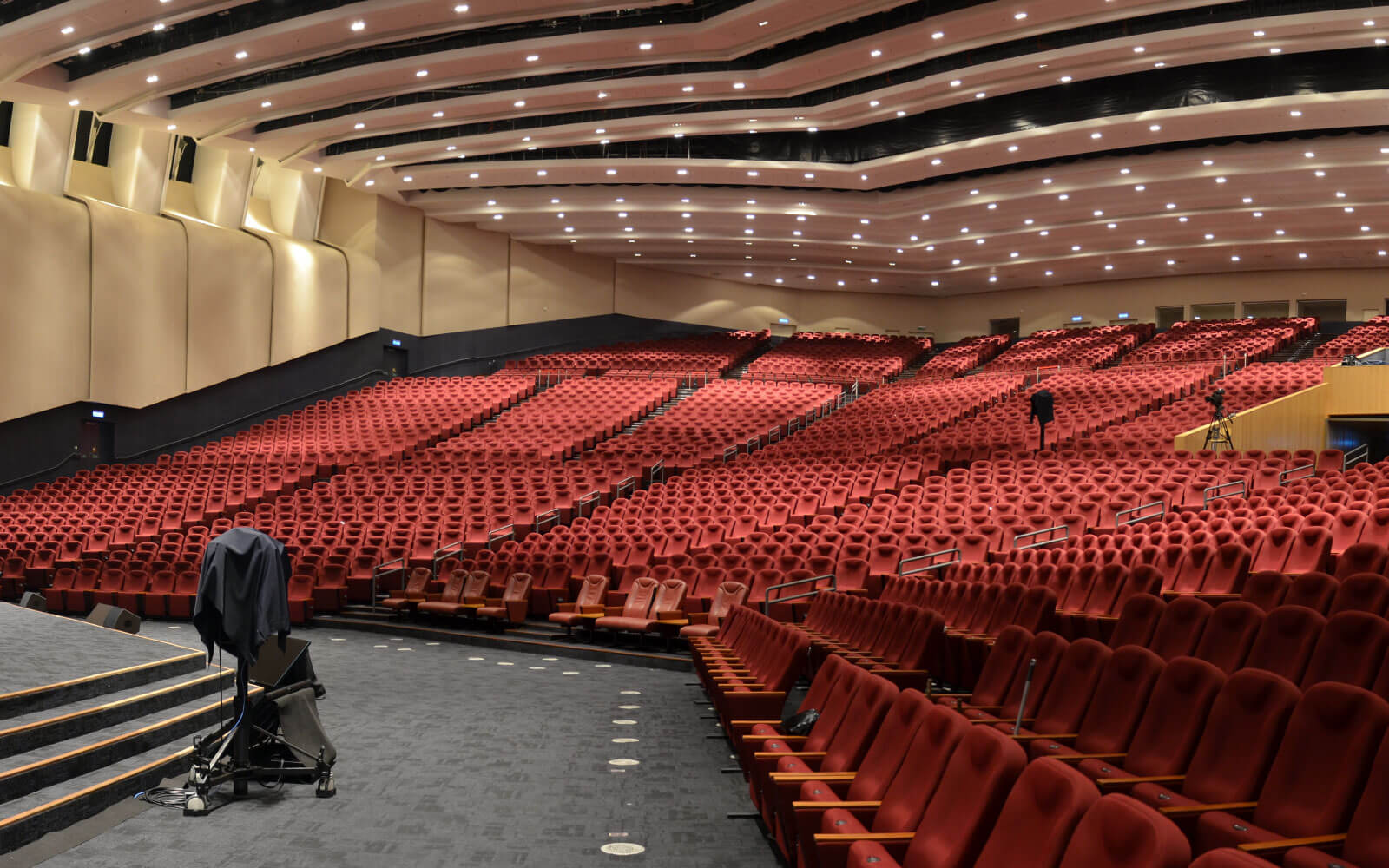 Image 2 for Calvary convention Center Auditorium